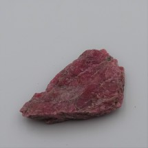 Rhodonite 40,6g raw mineral Brazil