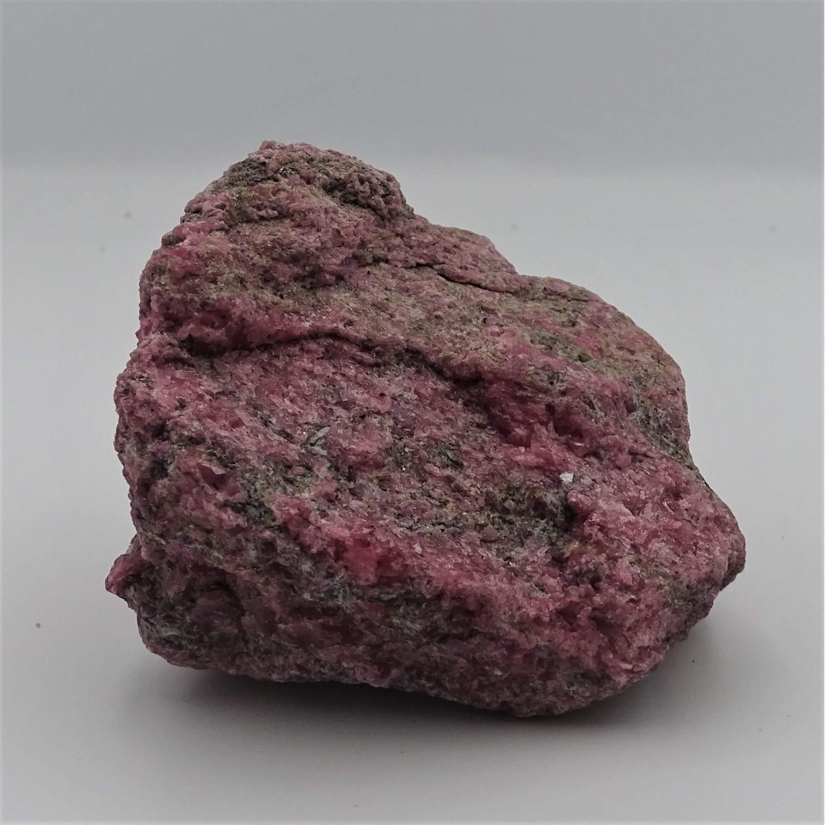 Rhodonite 436g raw mineral Brazil