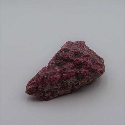 Rhodonite 104,4g raw mineral Brazil