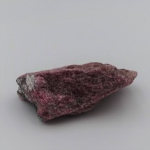 Rhodonite 116,5g raw mineral Brazil