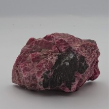 Rhodonite 140g raw mineral Brazil