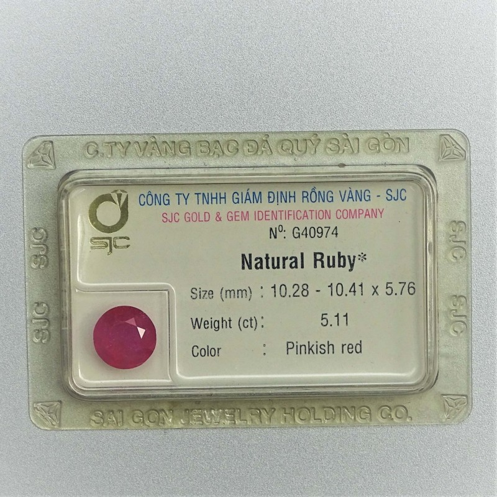 Ruby cut 5,11ct, Vietnam