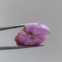 Ruby slices 8,9g, India