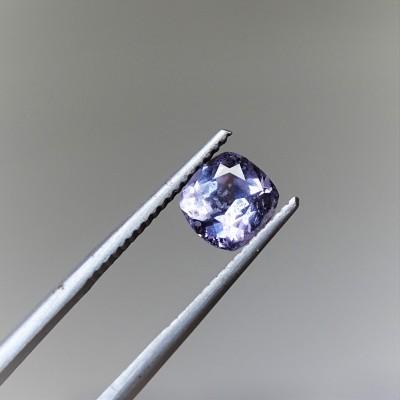 Spinel fialoý 1,26 ct Srí Lanka GIA certifikát (tepelně neupraven)