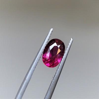 Garnet - RHODOLITE - 1,87 ct