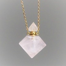 Crystal aroma diffuser (necklace), made of cut rosequartz